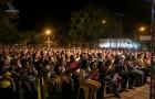 Duas mil pessoas gargalhando com Nilton Pinto e Tom Carvalho, em Sacramento