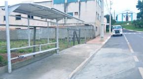 Ponto de Ônibus em Tapira muda de lugar