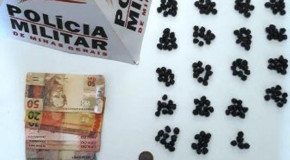 Acusado de tráfico preso em Nova Ponte estava com mais de 200 pedras de crack
