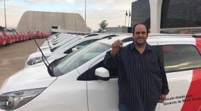 Emenda parlamentar destina minivan para a Prefeitura de Pratinha