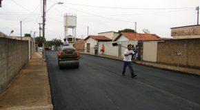 Finalizadas obras de asfaltamento e recapeamento de três bairros de Ibiá