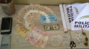 Acusados de tráfico presos no Bairro Pedra Azul, em Araxá