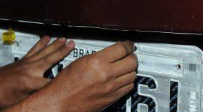 Em operação, PM de Tapira apreende automóveis e prende acusados de clonagem