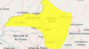 Alerta amarelo de tempestade com perigo potencial em cidades do Triângulo/Alto Paranaíba