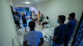 Reunião discute situação do ginásio do bairro Parque das Flores
