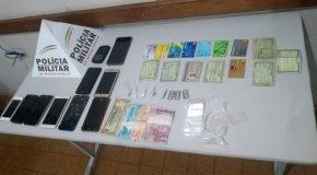 Ação da PM em Ibiá prende dois jovens acusados de tráfico de drogas