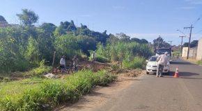 Área na Rua Pará, que estava com indícios de invasão, é revitalizada em Araxá