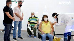 Araxá ratifica protocolo de intenções para aquisição de vacinas contra a Covid-19