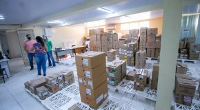 Pandemia prejudica fornecimento de medicamentos para a Farmácia Municipal em Araxá
