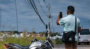 Fiscalização de fios e cabos soltos acontece pelas ruas de Araxá