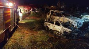 Pátio do Detran em Perdizes pega fogo e 61 veículos são destruídos
