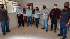 Empresa faz doação de R$ 16 mil para a Santa Casa de Misericórdia de Campos Altos