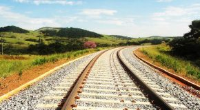 Romeu Zema assina decreto para atrair R$ 26,7 bi em investimentos no setor ferroviário