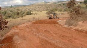 Araxá atinge 700 quilômetros de estradas rurais recuperadas em cinco meses