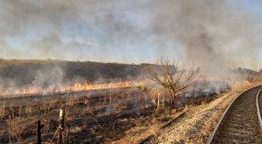 Incêndio de grandes proporções atinge zona rural no Setor Leste de Araxá