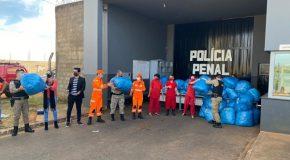 Órgãos de segurança e saúde distribuem 50 mil máscaras em Araxá