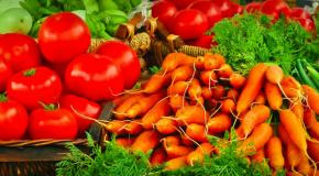 Conab verifica alta superior a 50% de cenoura e tomate no atacado