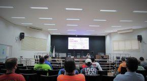 Fórum debate Projeto para regulamentação da atividade de mototaxistas