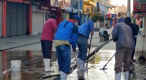 Secretaria de Serviços Urbanos de Araxá realiza limpeza do Calçadão