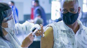 Pessoas com 2ª dose, de AstraZeneca ou CoronaVac, marcada até dia sete já podem se vacinar