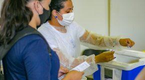 Prorrogação da 2ª dose da CoronaVac, AstraZeneca e Pfizer continua nessa terça em Araxá