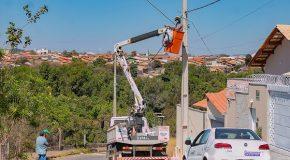 Recomeça a troca de lâmpadas queimadas nas ruas de Araxá