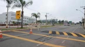Prefeitura de Patos realiza obras de sinalização de trânsito na Avenida Marabá
