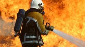 Casa pega fogo no João Ribeiro, em Araxá, mas causas são desconhecidas