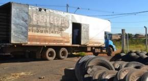 Prefeitura de Patos realiza a última coleta do ano de pneus velhos no Ecoponto