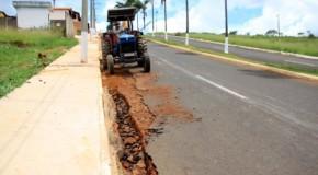 Depois das fortes chuvas em Tapira, secretaria de obras recupera vias urbanas